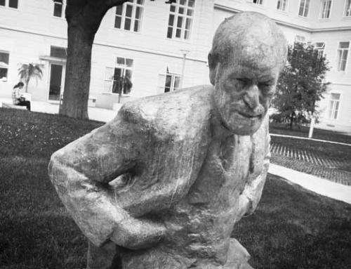 Onthulling standbeeld Freud